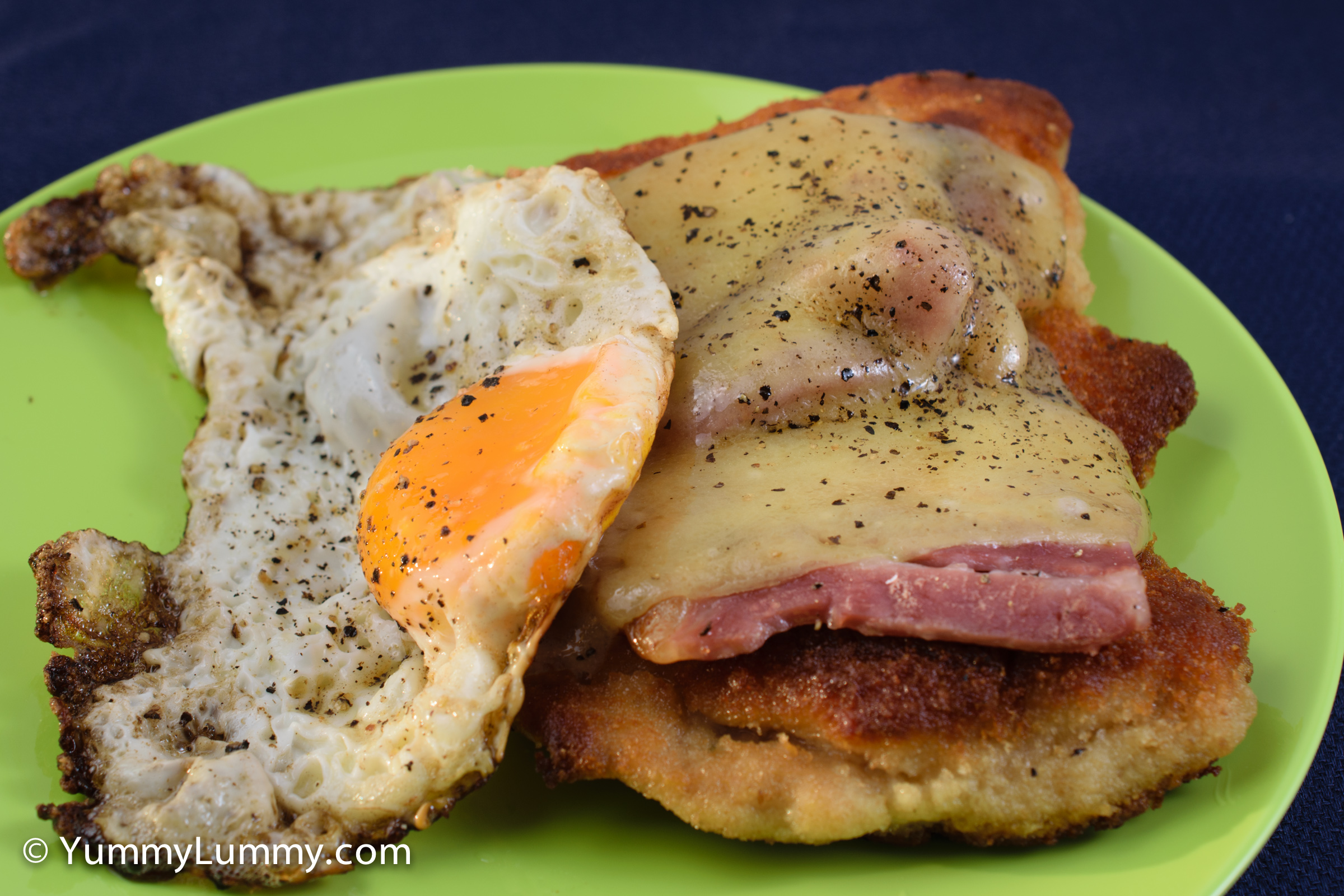 Crumbed chicken, bacon, tasty Coon cheese and a fried egg for Saturday #breakfast