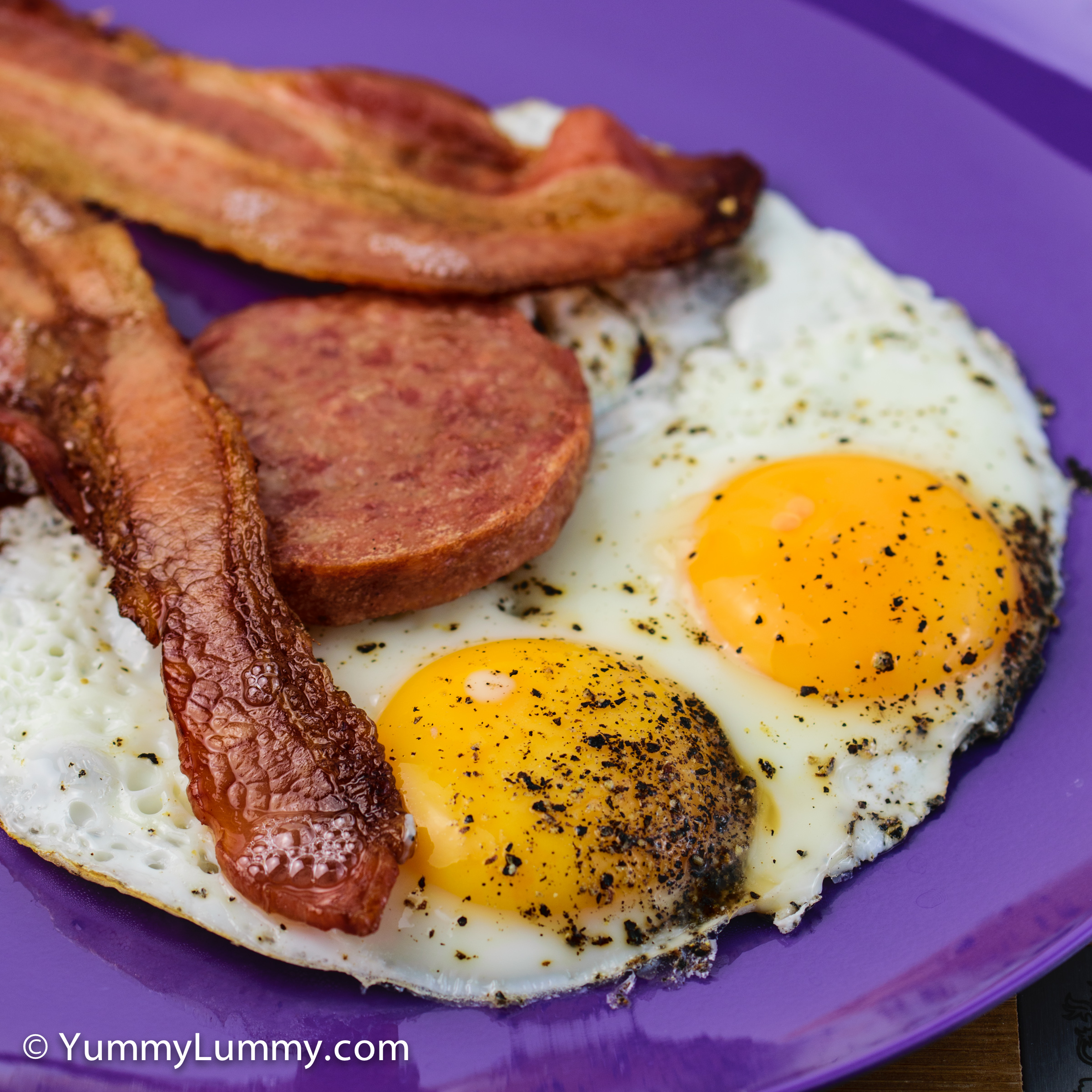 Good morning Tuesday and a cold cold Canberra day. My breakfast is Bacon and eggs with Strasburg sausage.