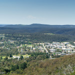 Sunday midday. Bowral Mount Jellore Lookout. | SONY ILCE-7S with E 35mm F1.8 OSS at 35mm and f/5.6, 1/800sec, ISO 200