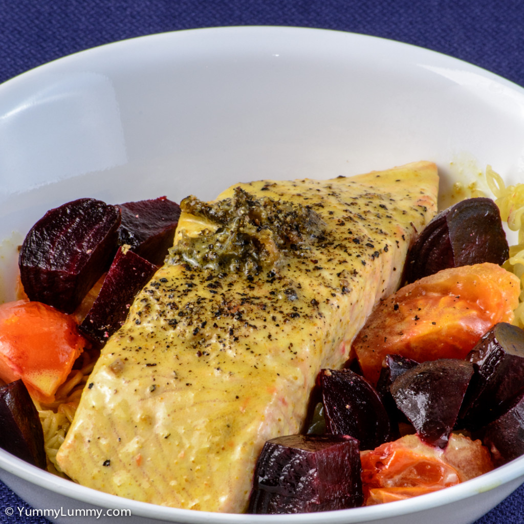 Labour Day dinner. Curry salmon with beetroot, tomato, coconut cream and noodles. | NIKON D7100 with 55.0-200.0 mm f/4.0-5.6 at 135mm and f/22, 1/13sec, ISO 400