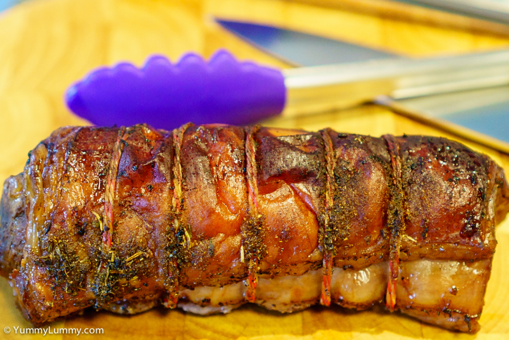 Lamb loin roast straight from the oven | SONY ILCE-7S with E 35mm F1.8 OSS at 35mm and f/2.8, 1/100sec, ISO 1600