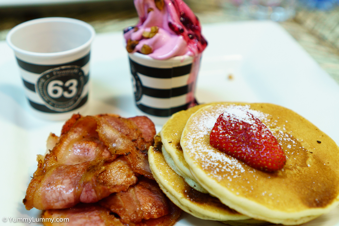 Pancakes with bacon, maple syrup and frozen yoghurt at 63 Racecourse Road SONY ILCE-7S with E 35mm F1.8 OSS at 35mm and f/2.8, 1/60sec, ISO 320