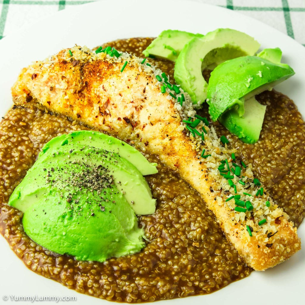 Oven baked salmon coated in panko and chilli flakes served with avocado on a bed of quinoa with brown onion gravy
