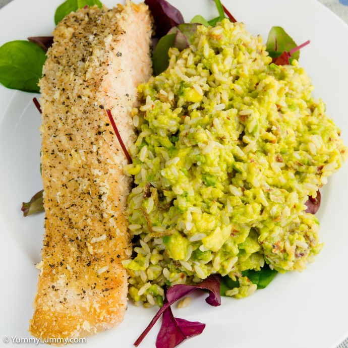 Salmon and hot and spicy avocado rice