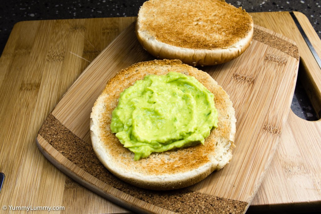 Hot and spicy jalapeño avocado on the bread roll
