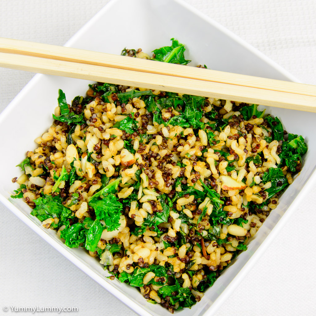 Fried rice with quinoa and kale