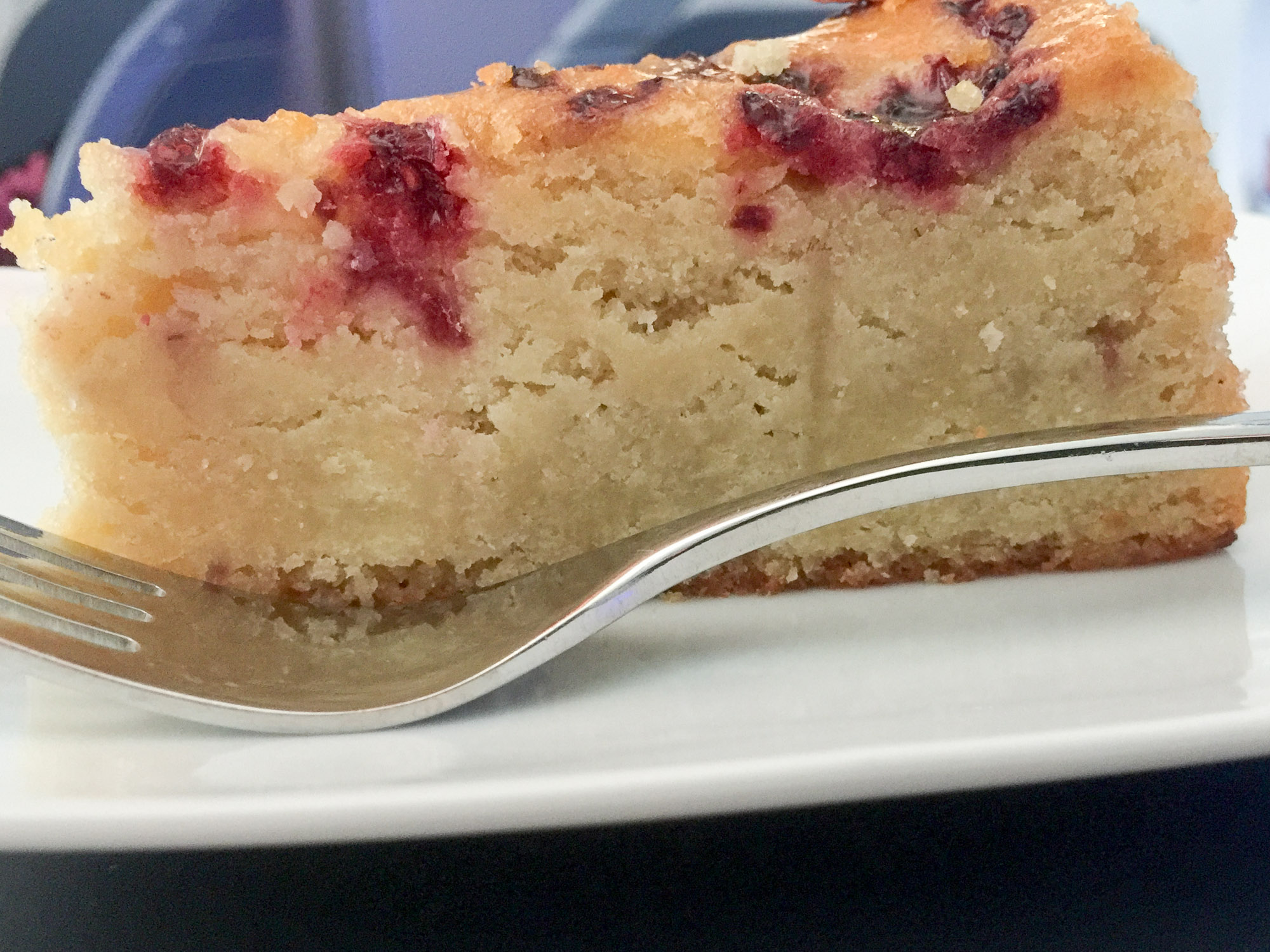 Pear and raspberry cake on AC34