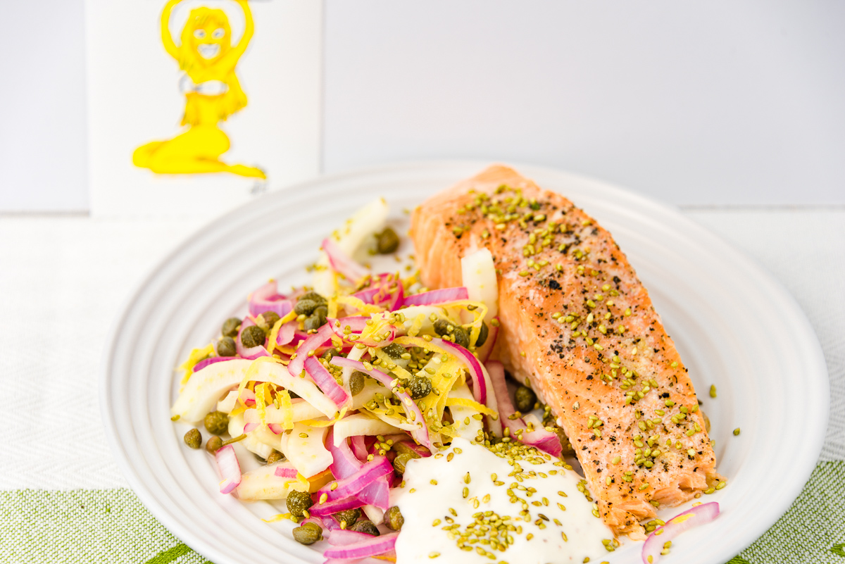 Baked salmon with fennel salad and aioli