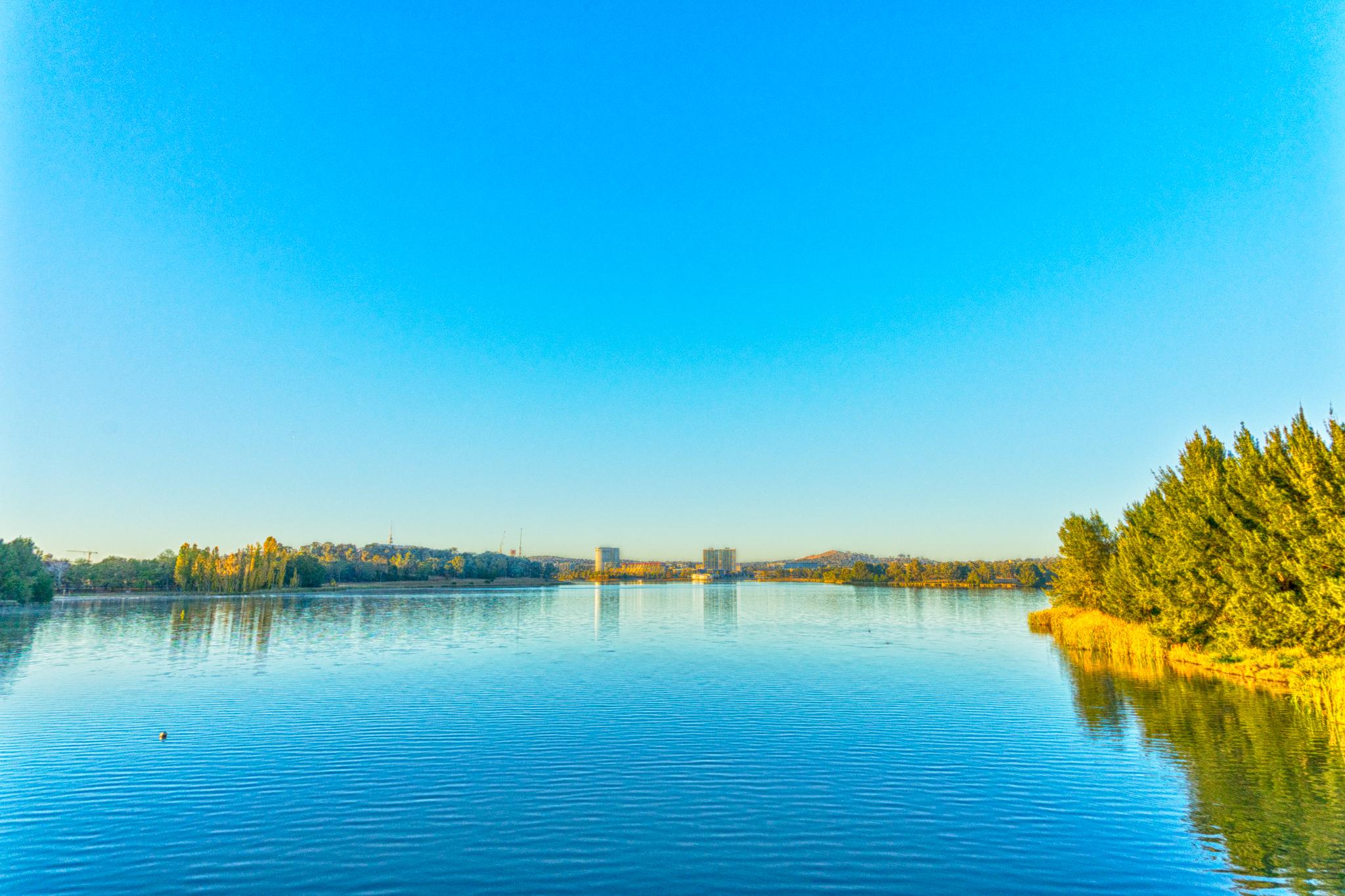 Lake Ginninderra HDR image