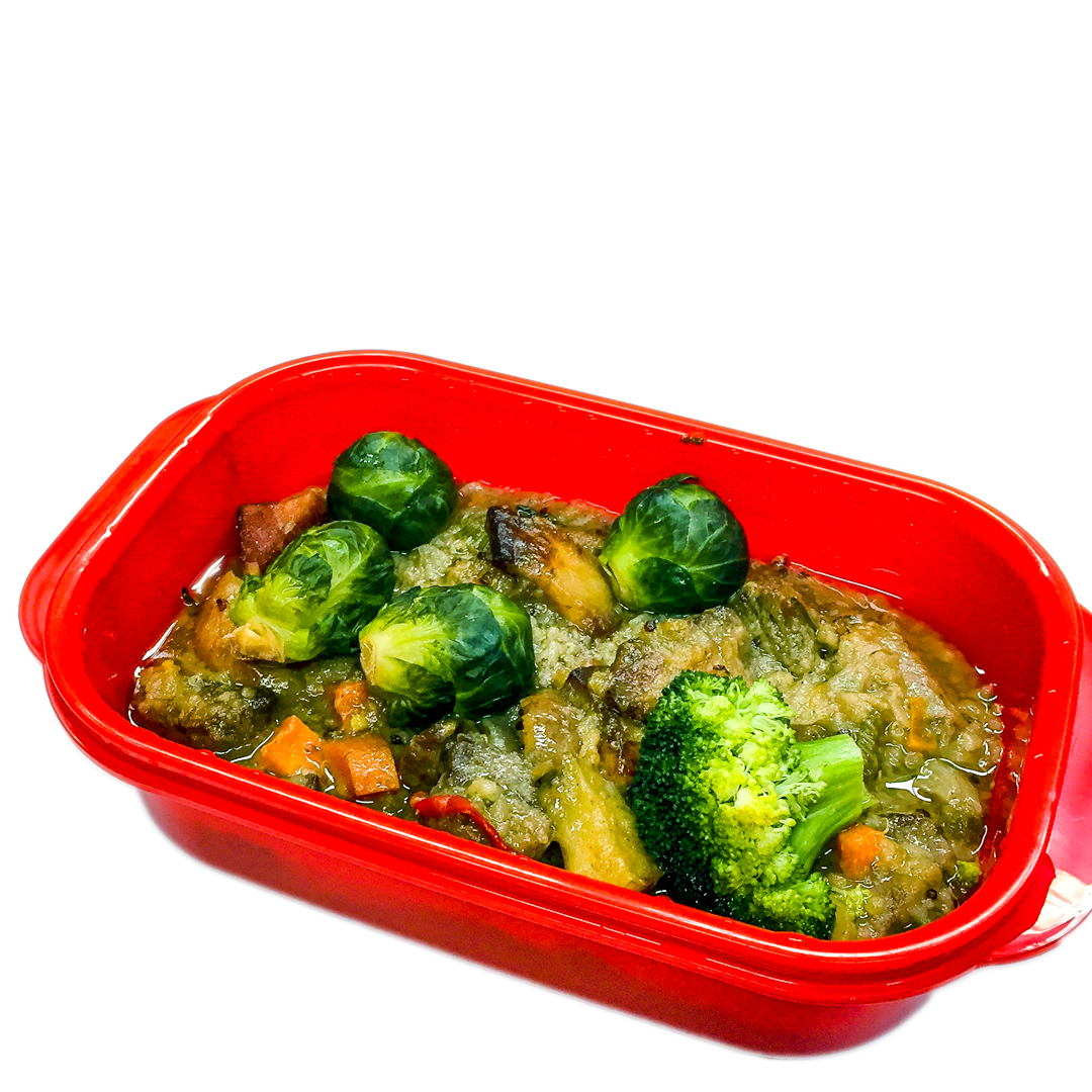 Slow cooker chuck casserole steak and speck with Brussels sprouts and broccoli