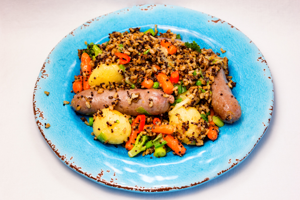 Cheesy beef sausages and crispy quinoa rice with chilli vegetables