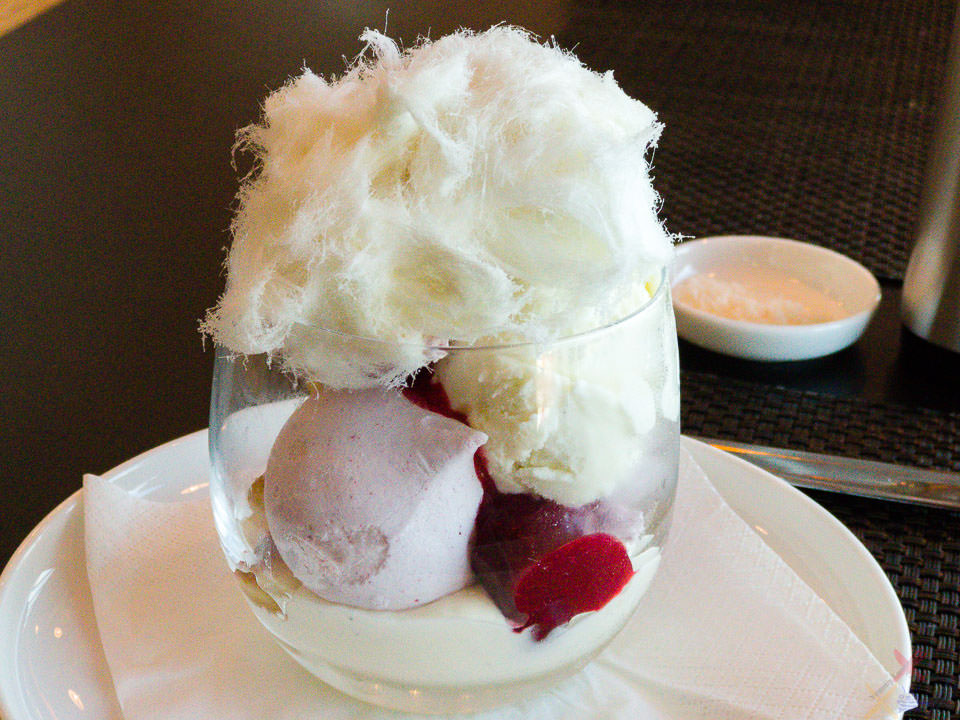 Pavlova with cherry nectarines and raspberry | Sydney Airport Qantas First Class Lounge Delhi Gary Lum