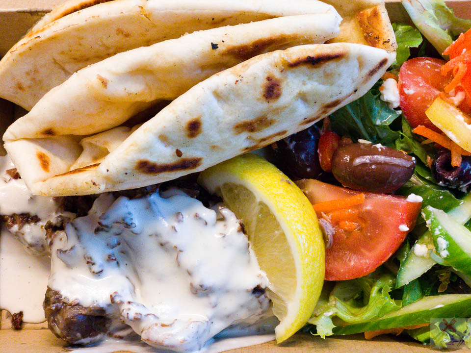 #payday S H I S H - P L A T E TIME Braised lamb, Greek pitta bread, Greek salad with a garlic tahini sauce on the lamb Gary Lum